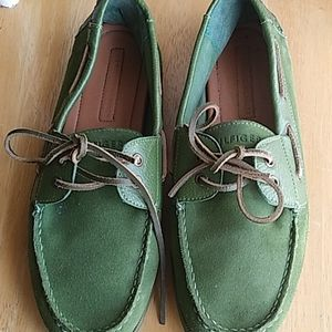 Tommy Hilfiger green suede loafers 11